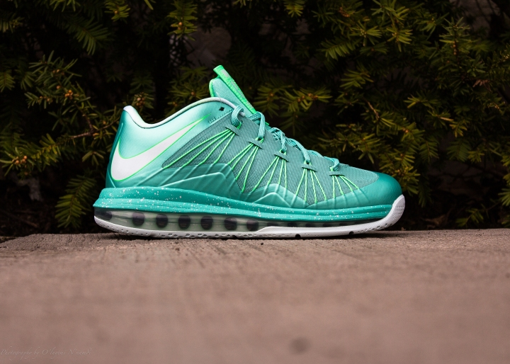 EASTER LEBRON X LOW