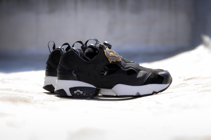 STEVEN ALAN PUMP FURY-10