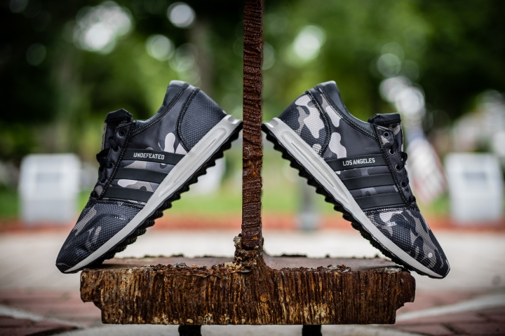 6-4-15 PEOPLE FOOTWEAR ADIDAS COSMIC BOOST UNDFTD-19