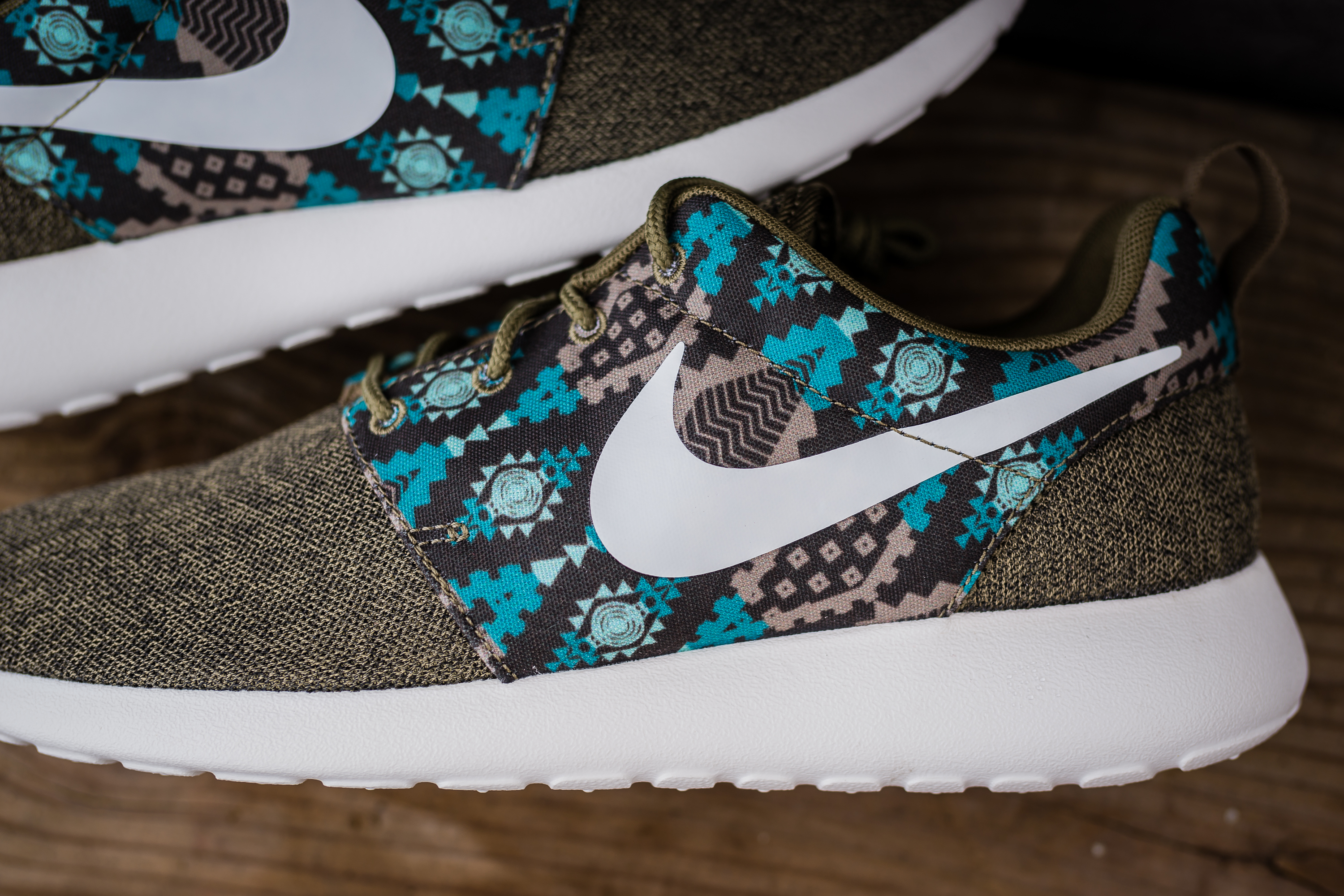 roshe run – PACKER SHOES