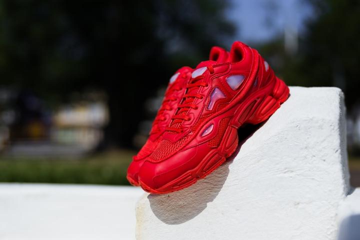 raf simons adidas @flyhumanbeyond O'luyemi N'namdi-2