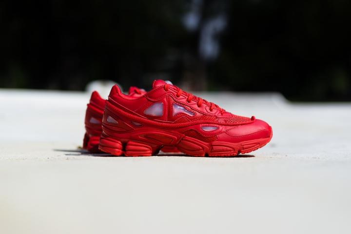 raf simons adidas @flyhumanbeyond O'luyemi N'namdi