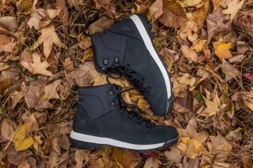 Adidas Outdoor Trailcruiser Mid Black/Chalk $130 USD