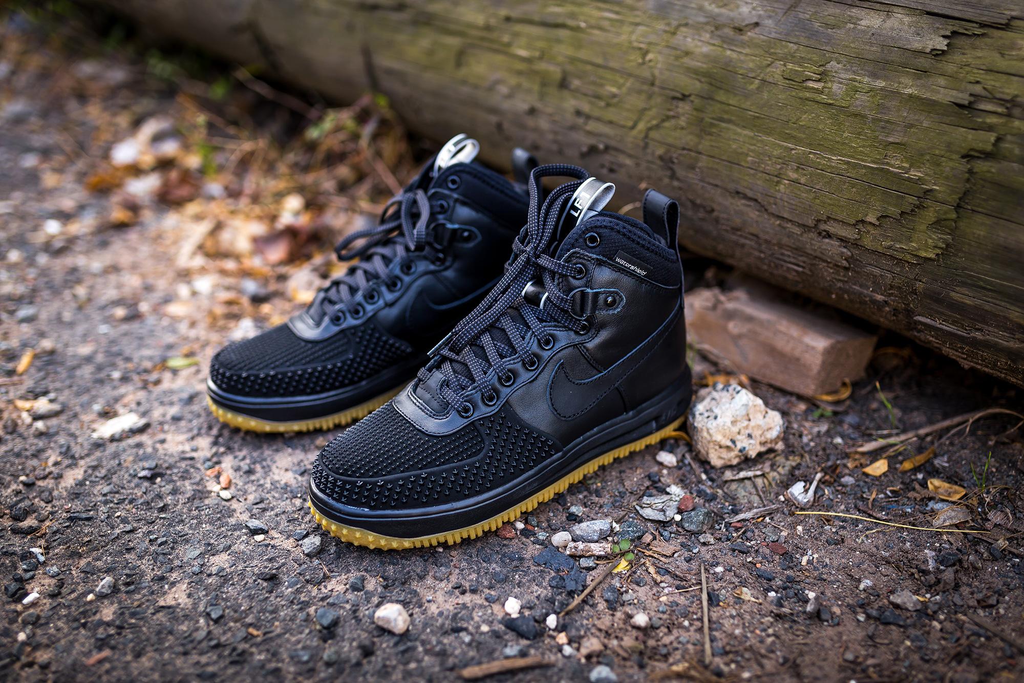 nike lunar force 1 duckboot packer shoes. Black Bedroom Furniture Sets. Home Design Ideas