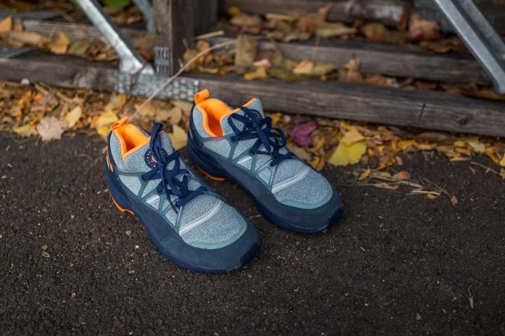 Nike-Air-Huarache-Light-blue-citrus-4