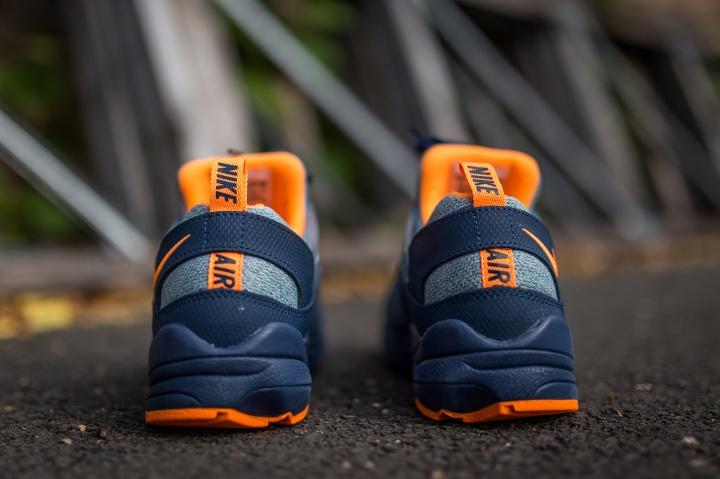 Nike-Air-Huarache-Light-blue-citrus-5