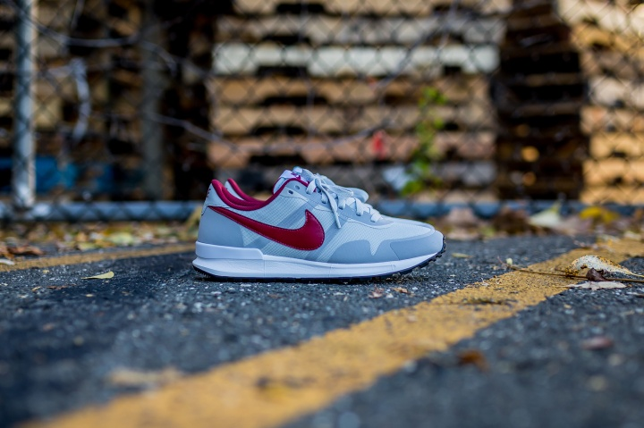 Nike-Air-Pegasus-83-30-grey-red-2