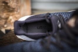 Ultra Boost Uncaged Hypebe black-blue-10
