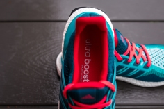 Utra Boost M Green-Mineral-Shock Red