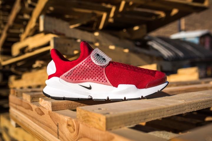 Nike Sock Dart Gym Red-Black-White-1