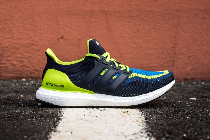 13 adidas Ultra Boost blue-green web crop side