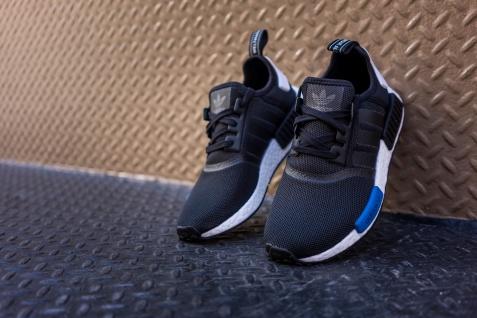 adidas-nmd-runner-black-2