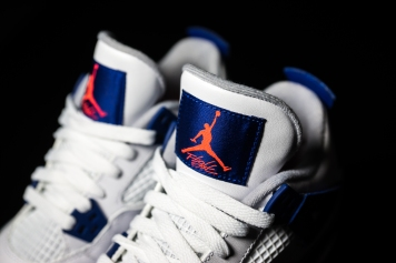 Air Jordan IV white-blue-infrared-8