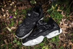 Instapump Fury Celebrate RBK Black-Chalk-15