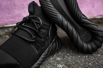 adidas Tubular Doom Black-Black-10