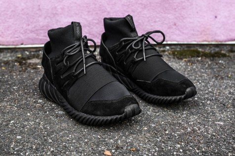 adidas Tubular Doom Black-Black web crop angle