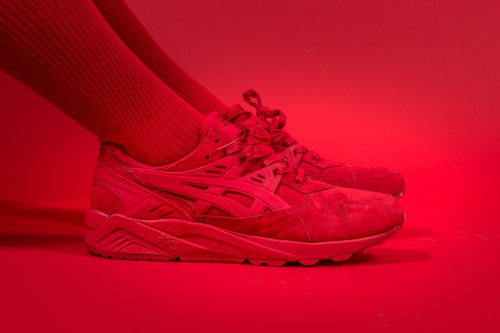 asics-kayano-triple-red-packer-exclusive-10