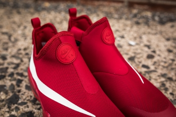 Nike Big Swoosh gym red-white-black-11