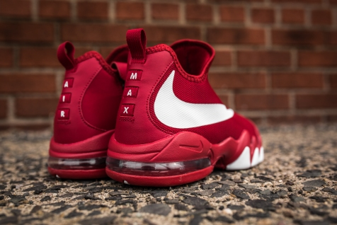 Nike Big Swoosh gym red-white-black-8