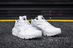 Nike Huarache Run PRM White-White web crop angle