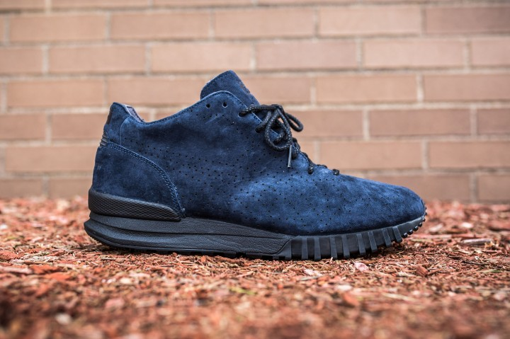 Publish Brand x Onitsuka Tiger 85 MT Samsara blue web crop side