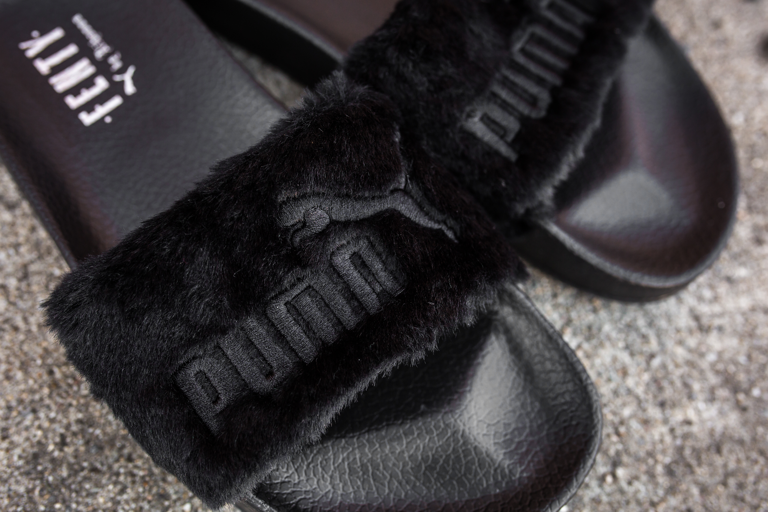 rihanna x puma leadcat fenty fur slides packer shoes. Black Bedroom Furniture Sets. Home Design Ideas