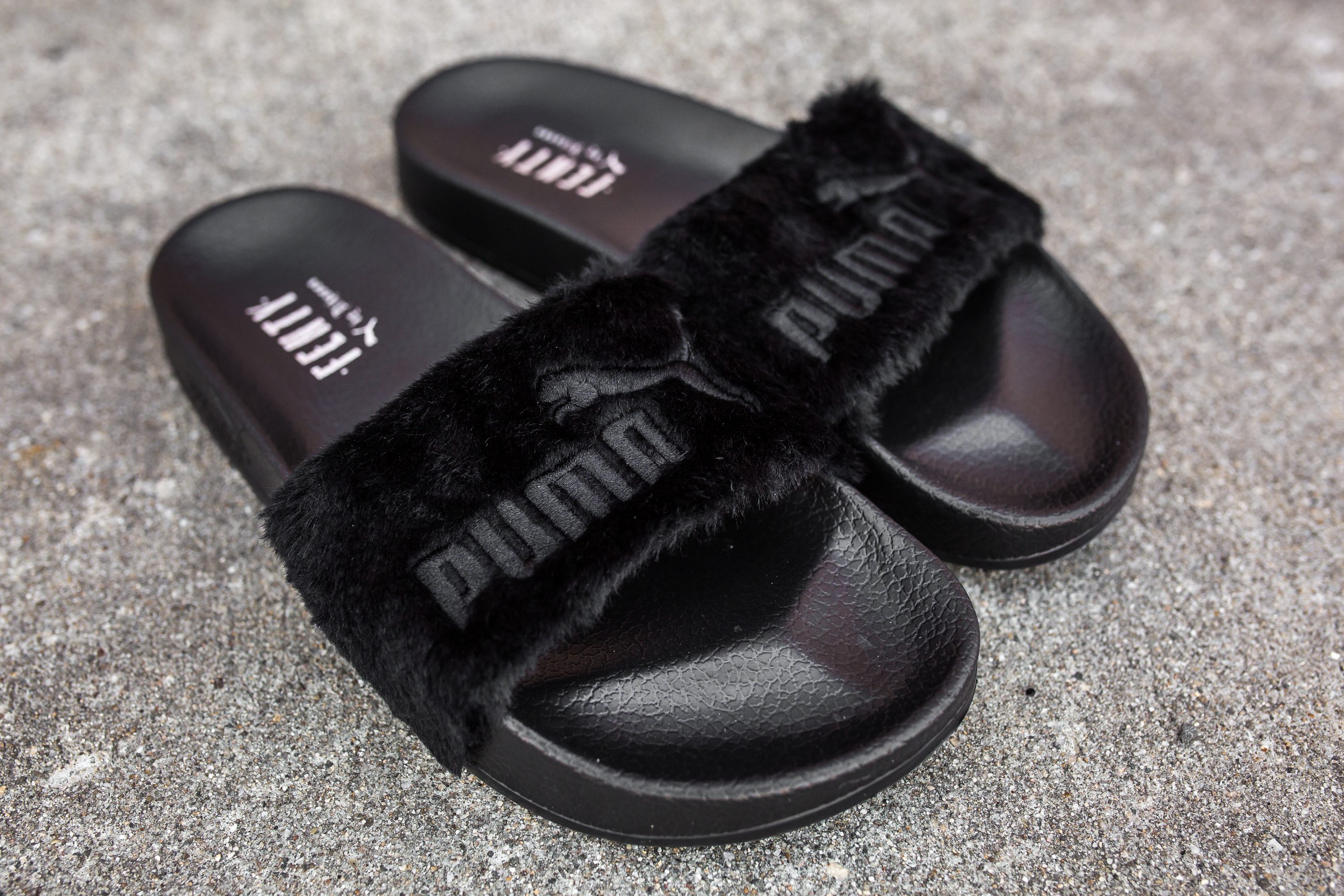 rihanna x puma leadcat fenty fur slides packer. Black Bedroom Furniture Sets. Home Design Ideas