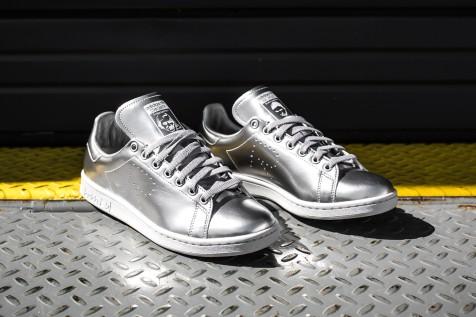 Raf Simons x adidas stan smith silver web crop angle