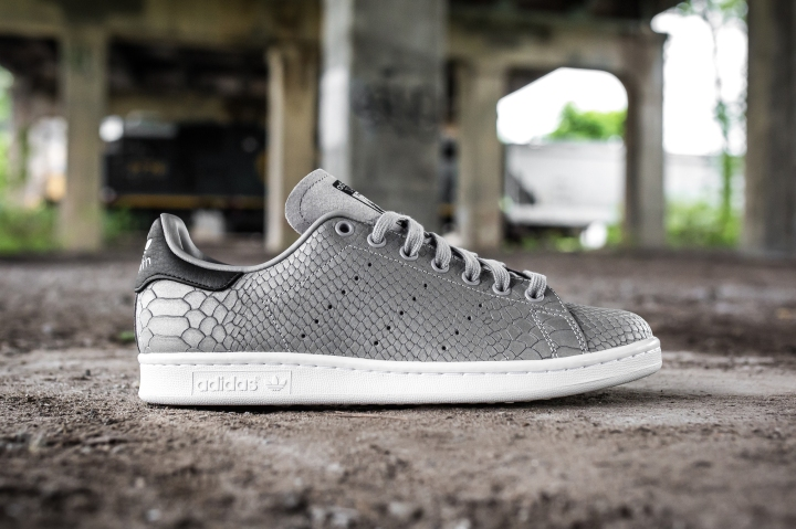 adidas 'Fashion Week' pack Stan Smith side