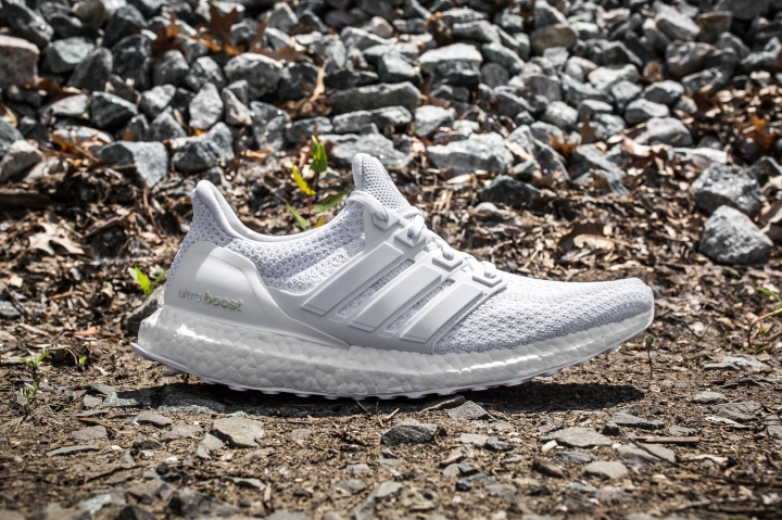 adidas Ultra Boost m White-Grey side