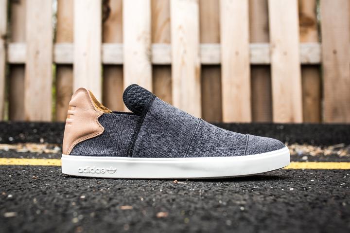 adidas Vulc Slip On Pharrell Williams black-granite-white side