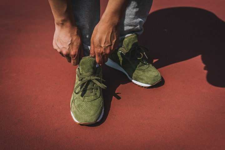Packer-Exclusive-Saucony-Shadow-6000-Olive-Suede-2