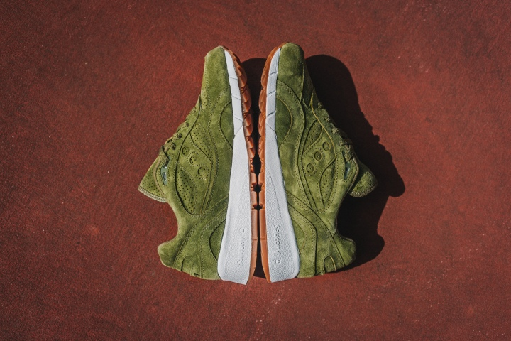 Packer-Exclusive-Saucony-Shadow-6000-Olive-Suede-8