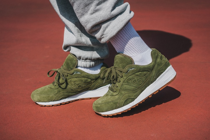 Packer-Exclusive-Saucony-Shadow-6000-Olive-Suede