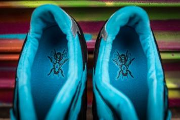 Solebox x Asics Gel Lyte III 'Blue Carpenter Bee'-8