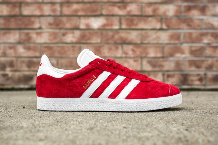adidas Gazelle Scarlet-White side