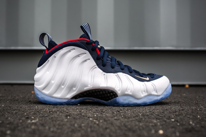 Air Foamposite One Olympic side