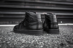 Air Jordan 1 Mid Black-Black-Dark Grey Noir-10