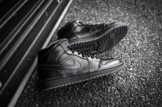 Air Jordan 1 Mid Black-Black-Dark Grey Noir-12