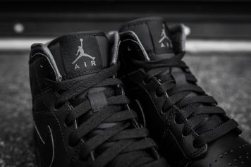 Air Jordan 1 Mid Black-Black-Dark Grey Noir-6