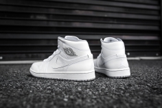Air Jordan 1 Mid White-Wolf Grey-10