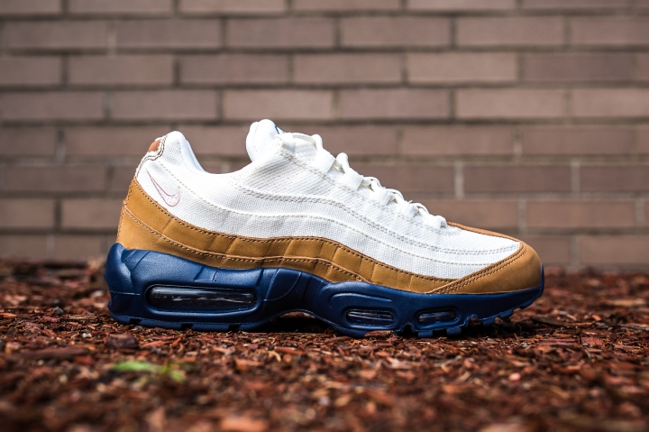 Nike Air Max 95 PRM Ale Brown-Pearl Pink-Mid Navy side