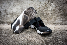 NikeAirRift-9