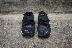 NikeAirRiftWEB-3