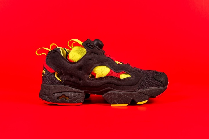 Packer-Reebok-Pump-Fury-OG-Color-Flip-Pack-black-1