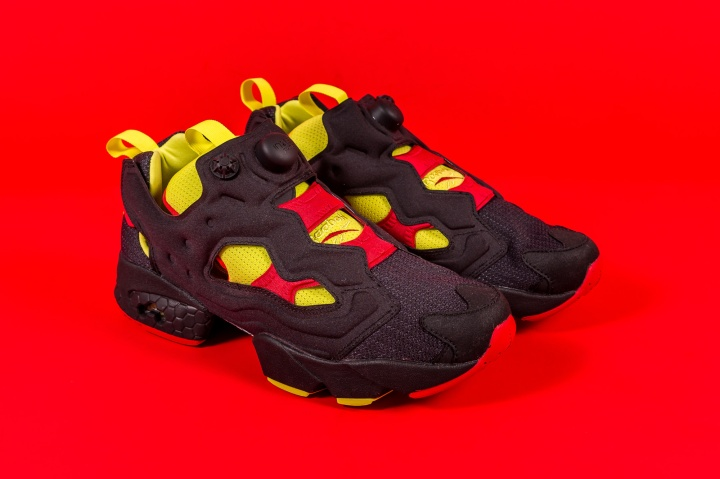 Packer-Reebok-Pump-Fury-OG-Color-Flip-Pack-black-2