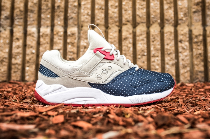 Saucony Grid 9000 'Micro Dot' Light Tan-Blue side
