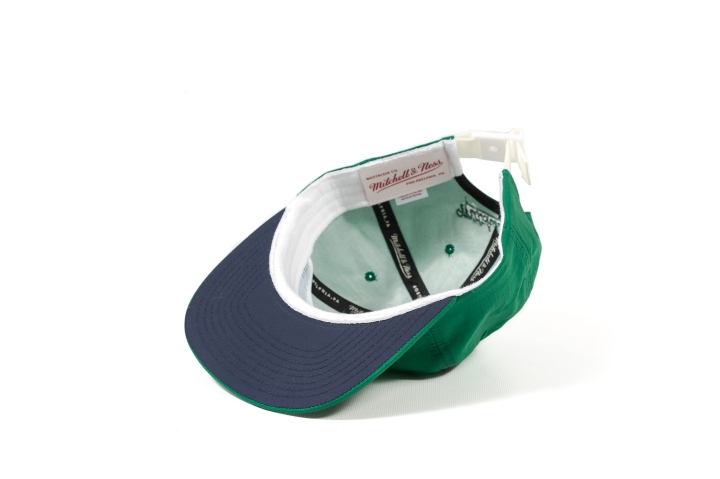 8 Packer 'GameSetMatch' Apparel Green Tennis Cap under