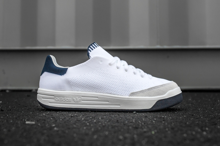 adidas Rod Laver Super Primeknit white-navy side