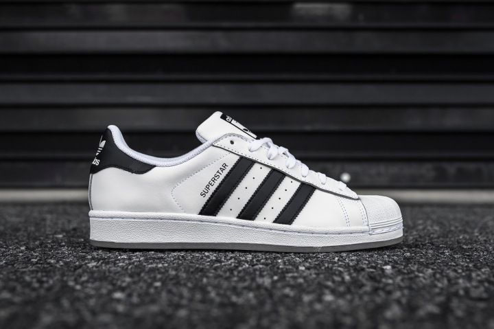 adidas Superstar White-Black-Ice side